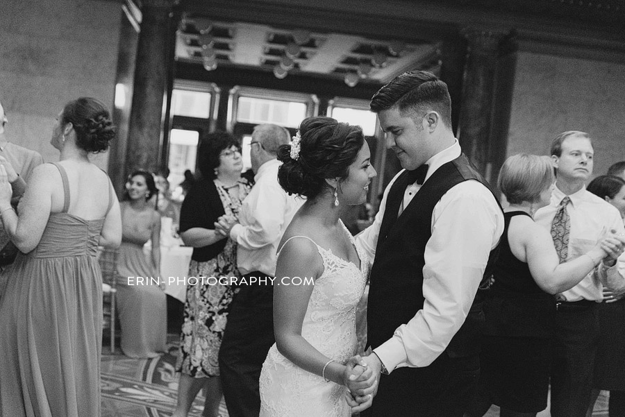 allen_county_courthouse_wedding_photographer_fort_wayne_indiana_baresic-095