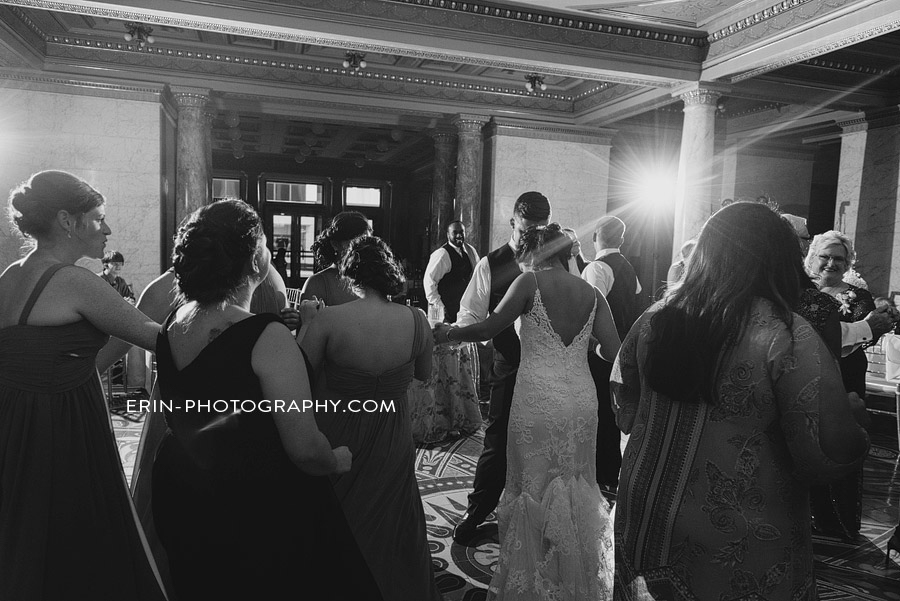 allen_county_courthouse_wedding_photographer_fort_wayne_indiana_baresic-098