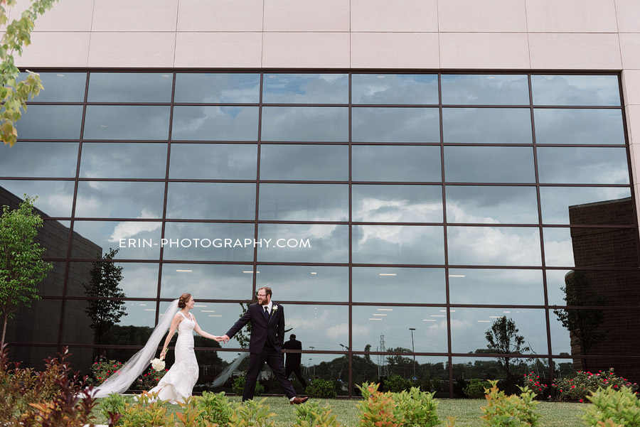 fort_wayne_indiana_wedding_photographer_allen_county_coliseum_blythe-0075